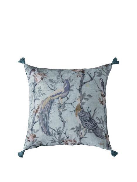 gallery-peacock-tassel-cushion-teal