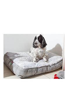 zoon-grey-plaid-gusset-mattress-medium