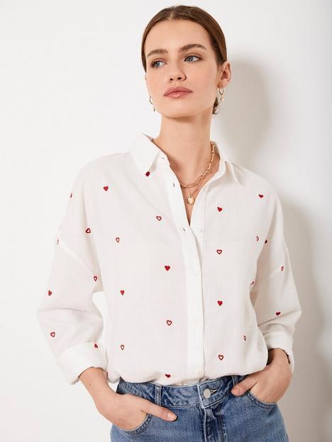 mint-velvet-mint-velvet-contrast-heart-embroidered-shirt
