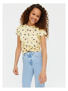 new-look-girlsnbsptwist-front-butterfly-all-over-print-t-shirt-yellow