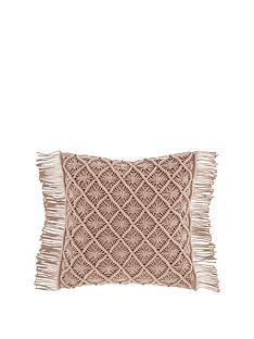 pineapple-elephant-macram-diamond-cushion