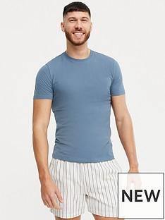 new-look-muscle-oc-tee-blue