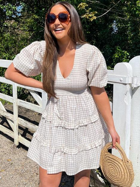 in-the-style-in-the-style-xnbspjac-jossa-check-shirred-smock-dress-stone
