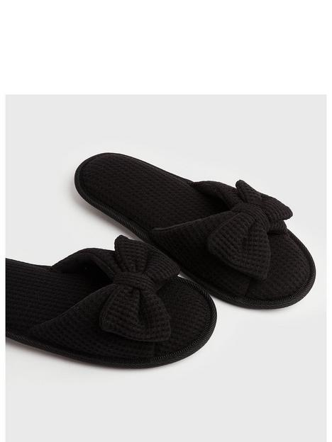 new-look-waffle-bow-slider-slipper-black