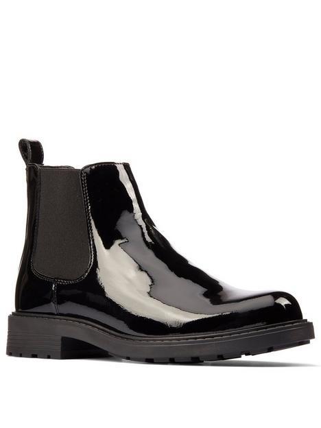 clarks-orinoco2-lane-chelsea-ankle-boot