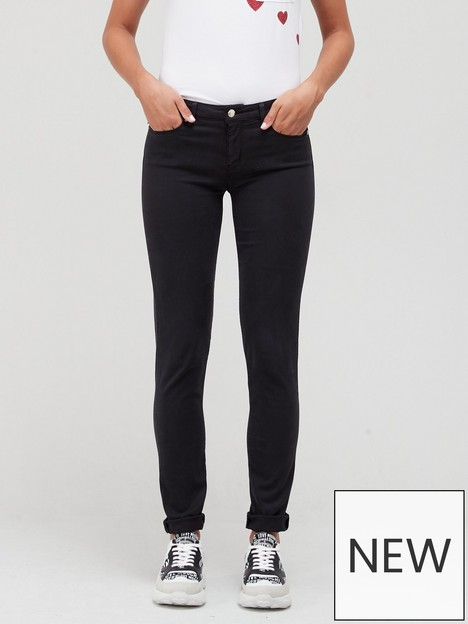 love-moschino-mid-rise-skinny-fit-stretch-jean-with-crystal-heart-on-pocket-black