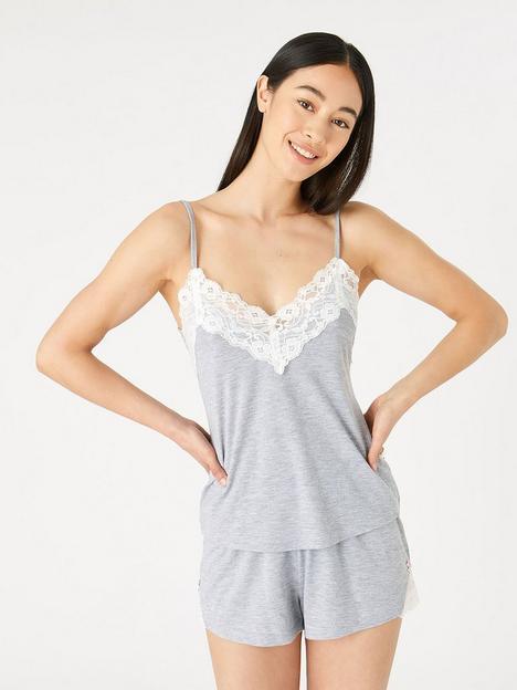 accessorize-lace-trim-plain-vest-set