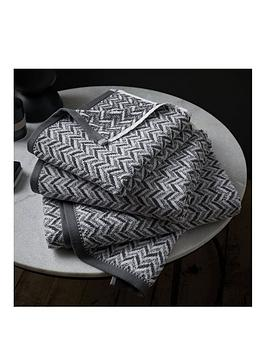 content-by-terence-conran-herringbone-bath-sheet-grey