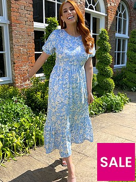 in-the-style-in-the-style-stacey-solomon-blue-floral-maxi-dress