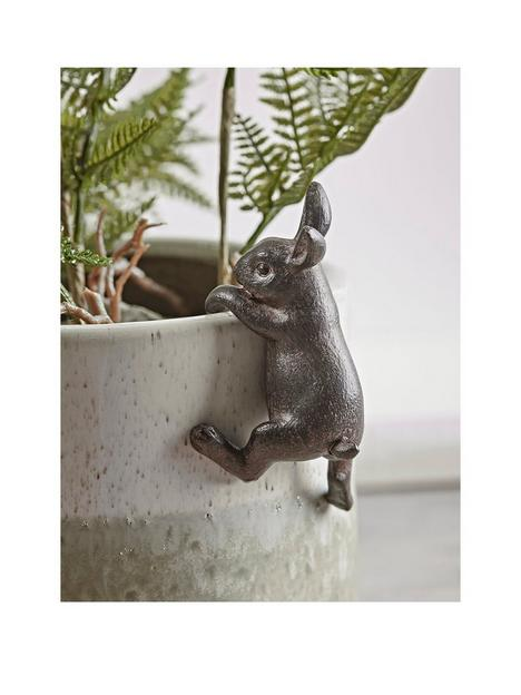 cox-cox-hare-plant-pot-hanger