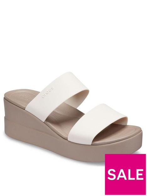 crocs-brooklyn-mid-wedge-sandals