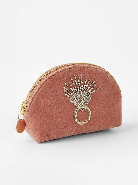 accessorize-b--velvet-ring-mini-pouch