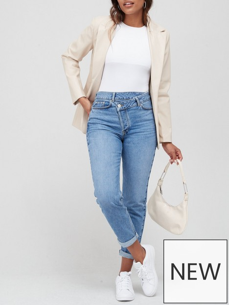 v-by-very-wrapfront-mom-jean-mid-wash