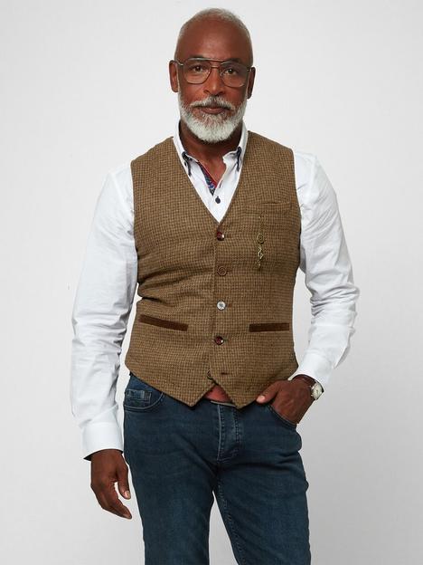 joe-browns-full-of-charm-waistcoat-tannbsp