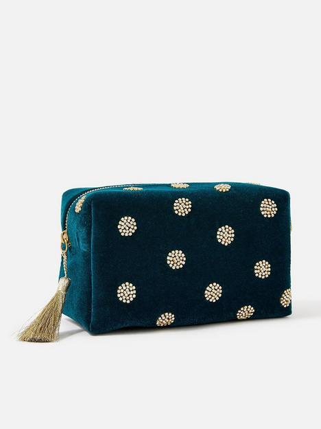 accessorize-polka-dot-make-up-bag