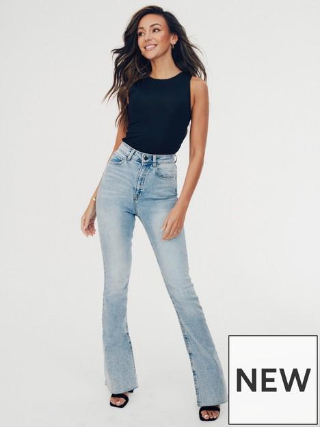 michelle-keegan-split-wide-leg-jean-light-wash-blue