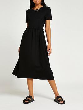 river-island-pocket-tee-smock-midi-dress-black