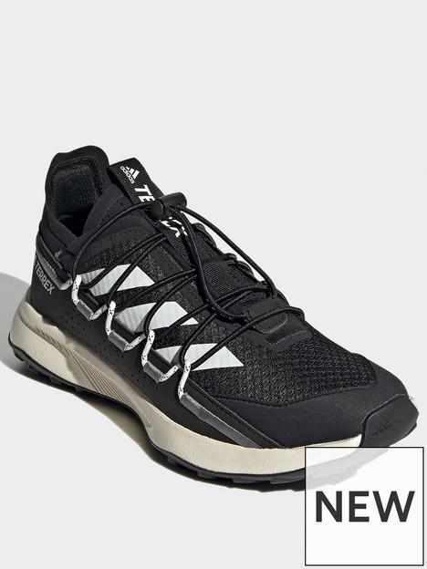 adidas-terrex-voyager-21-travel-shoes