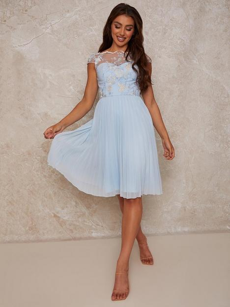 chi-chi-london-cap-sleeved-embroidered-bodice-pleat-midi-dress-multi