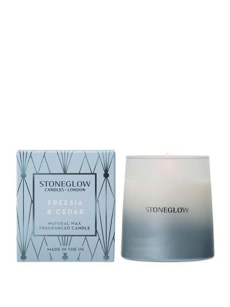 stoneglow-geometric-freesia-cedar-candle-tumbler