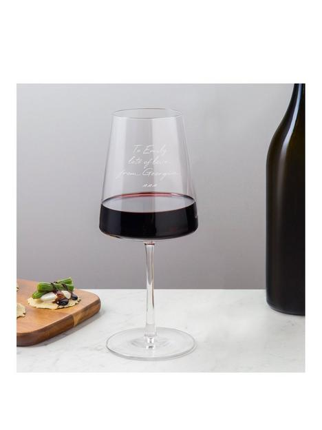 signature-gifts-personalised-wine-glass