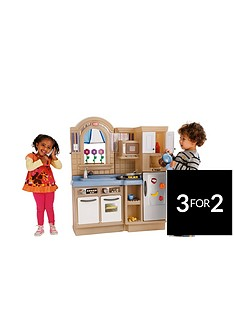 little-tikes-indoor-kitchenoutdoor-kitchen-with-barbeque