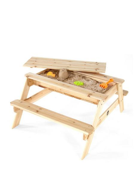 plum-sand-and-picnic-table